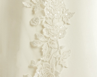 Cathedral Length Beautiful Lace Wedding Veil, Single Layer Soft Ivory Tulle Bridal Boutique Veil