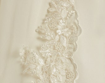 "118"" Delicate Lace Wedding Veil, Cut Edge & Lace Edge Veil - Single Layer Soft Tulle Veil,  118 inches, 300 cm, Ivory Veil, Cathedral Length"