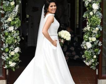 "87"" Crystal Wedding Veil,  Pencil Edge,  Single Layer Soft Tulle Veil 87 inches, 220 cm - Ivory Veil, Chapel Length"