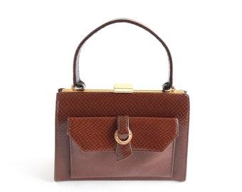 65c05b2435 Sac à main en cuir marron, cadre; sac à main Vintage adel Top poignée. Sac  à main de texture cuir-lézard brun moyen, gaufré