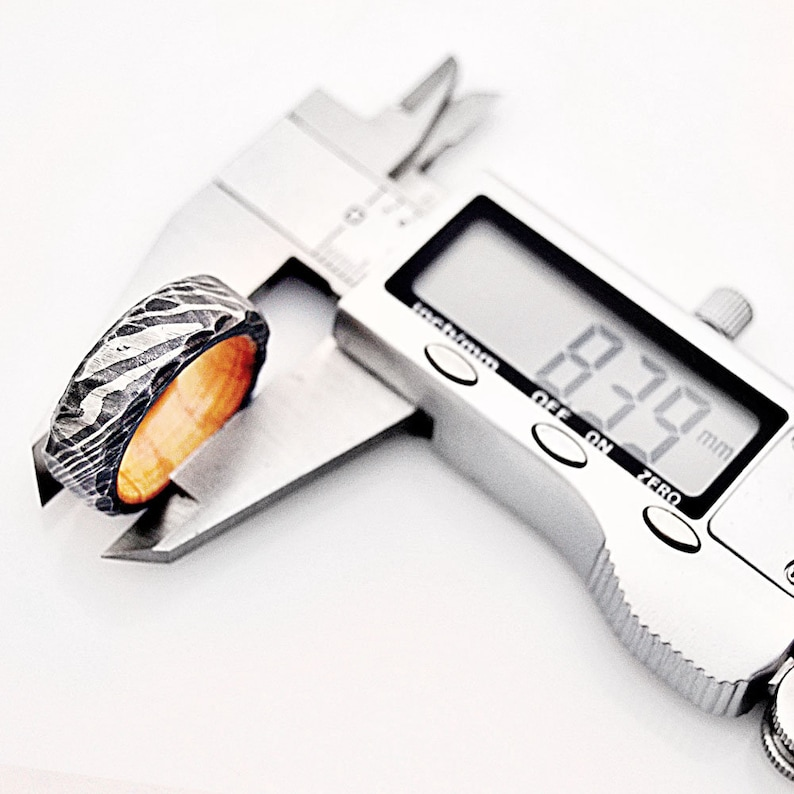 RNG-17  Custom Hand Made Damascus Steel Ring with fashion band for Men Women inlay Colour Wood