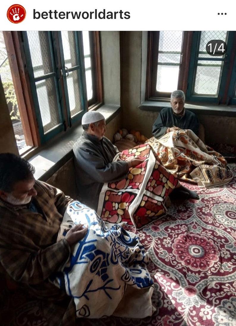 Australia Chainstitch Wool BWA living room Fair Trade Cushion Cover bed Aboriginal Design Pauline Napangardi 30 cm Warlukurlangu