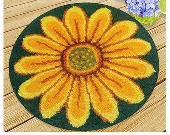 Sunflower Latch Hook Rug Kit by Vervaco All Materials and Instructions Included 22 x 22