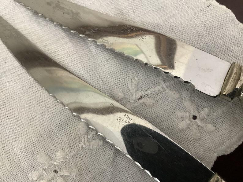 Vintage set of 4 Bakelite steak knives