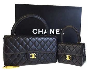 2233f5d0ceff Authentic super Rare Chanel mini me bag