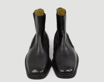 e2b46930d51de Vintage chelsea boots | Etsy