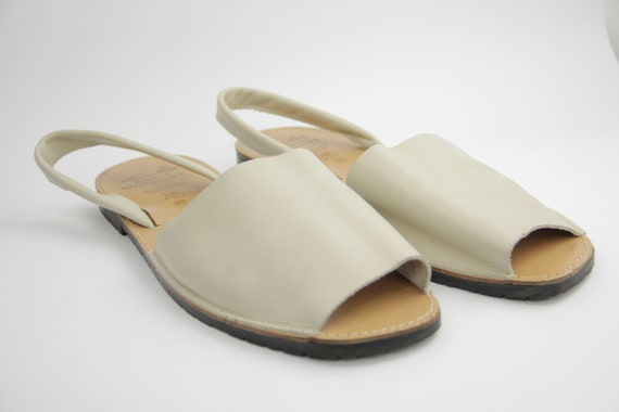Traditional Menorcan Leather Slingback Men's Sand… - image 5