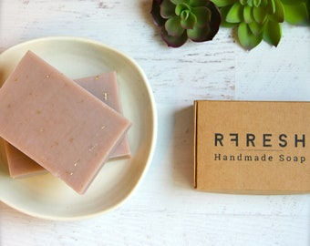 Natural Lavender + Oatmeal Soap | Handmade Soap by RFRESH | Vegan · Eco-friendly · Zero Waste · Biodegradable · Cold Process