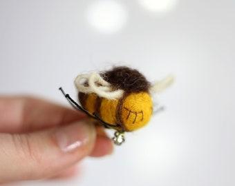 Needle Felted Brooch Mini Bee - Needle Felt Animal - Christmas Stocking Stuffer Ideas - Yellow - Miniature - Handmade - Winter Fashion