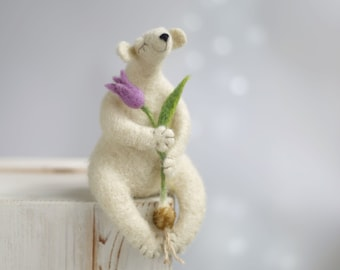 Needle Felted Bear - Dreamy White Bear With A Tulip - White Polar Bear - Purple Tulip - Needle Felt Animals - Christmas Gift Idea- Valentine