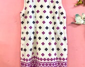 Iconic early 1970s Mary Quant-esque Flower Power Mini Shift Dress 42 quot Bust