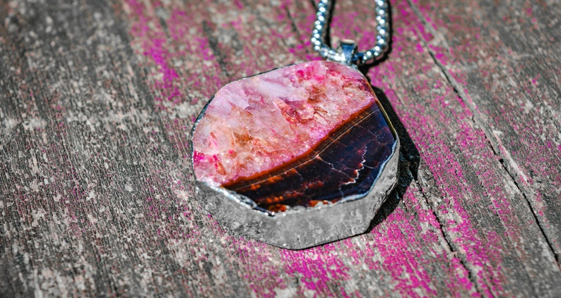Wrapped Silver Natural Black Red Pink Druzy Geode /& Dragon Veins Agate Pendant With Two Beautiful Sides