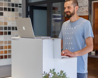 Active Stand - A Simple Standing Desk Converter - Convert Your Desk Into A Standing Desk Easily (Made of sturdy cardboard) EU