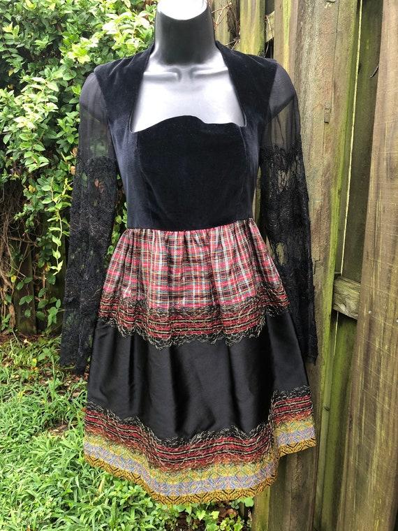 1980's velvet gothic black plaid mini tunic dress!