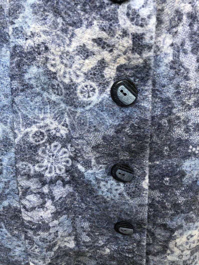 1980\u2019s amazing blue and grey floral wool button coat S