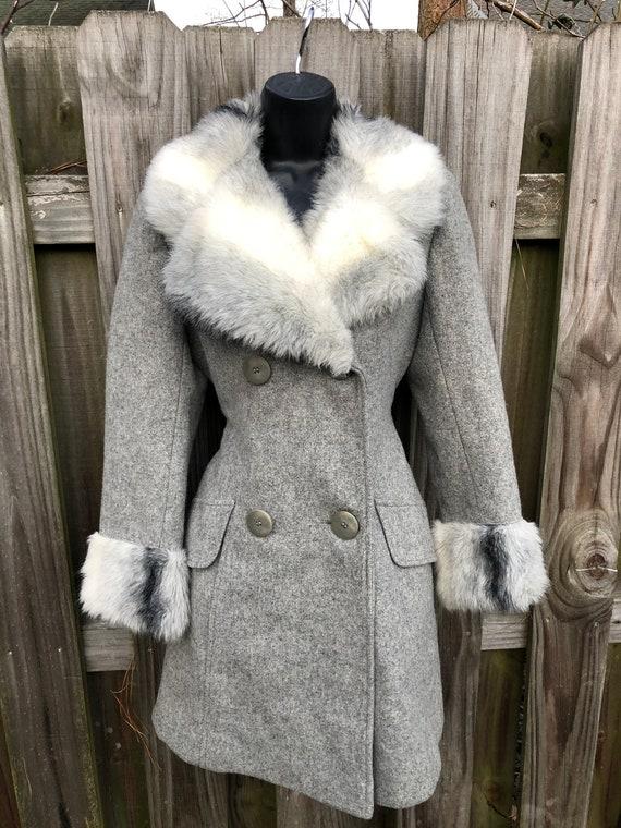 Fabulous vintage 1980's grey wool and faux fur pri
