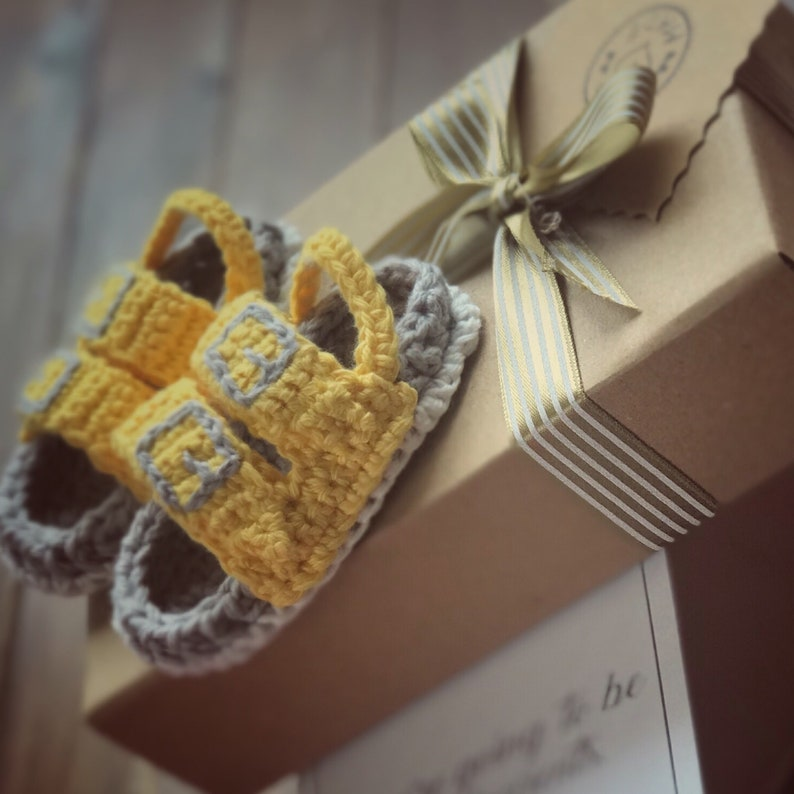 Baby Announcement Shoes New Grandparent Gift Summer Baby Reveal Baby Slippers Pregnancy Reveal Family Pantone 2021 Color Of The Year