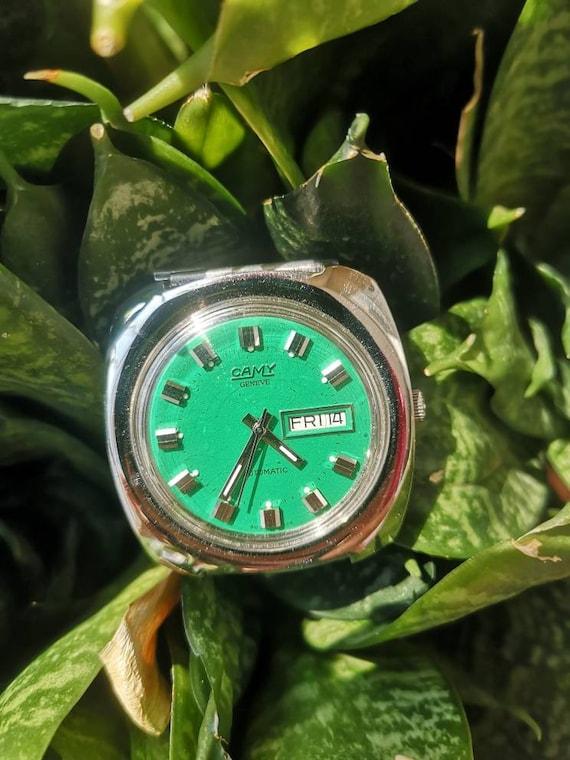 Camy Green Face Watch