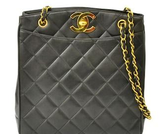 69164edba8cf6e Authentic Chanel Vintage Shoulder Bag