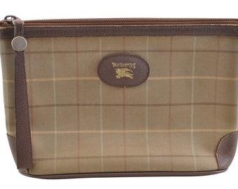 7173ea79fbe6 Authentic Burberry Vintage Clutch Bag
