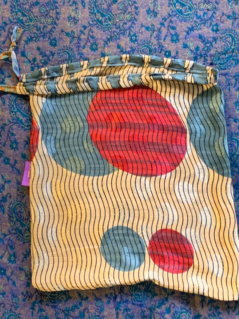 The Perfect Reusable Gift Wrap 14 x 16\u201d Silk Bag