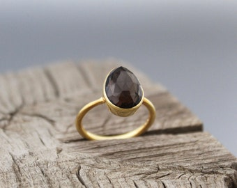 stackable ring with 3mm or 5mm gemstone sterling silver or 9K gold Smoky Quartz