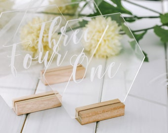 Hexagon Table number with stand, acrylic wedding table number, Geometric Wedding Table Decor, Plexiglass Table Number, Modern Weddings sign