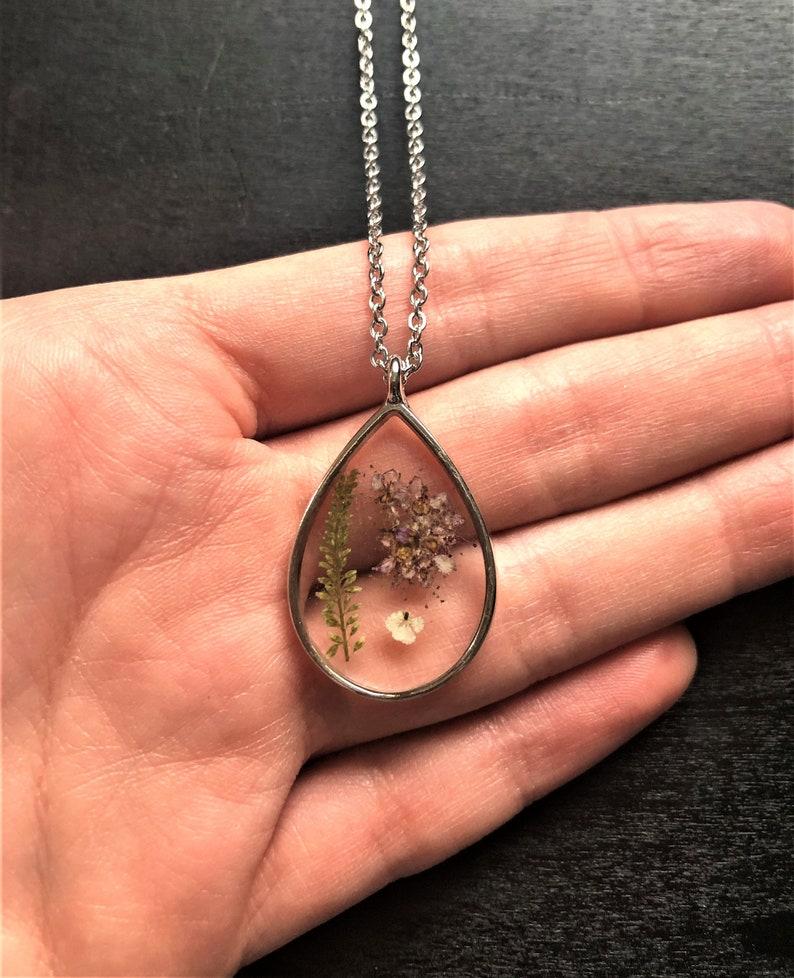 flower jewelry flower resin pendant flower resin jewelry nature necklace flower pendant flower resin necklace gift flower necklace