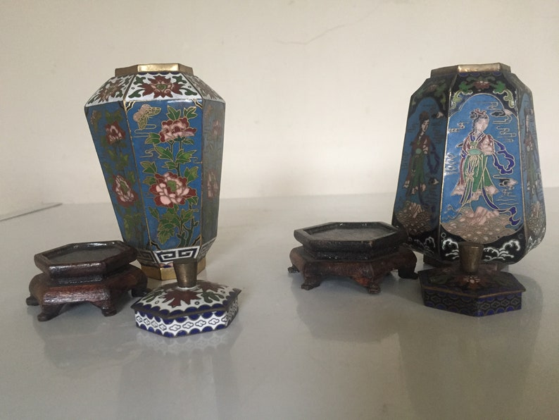 2x Antique Kangxi Dynasty Chinese Cloisonn\u00e9 Enamelled Lidded PotsVase 6 SidedHexagonal with Bases