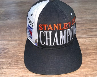 05a45f441e9cb Vintage New York Rangers 1994 Stanley Cup champions Starter snapback WITH  PIN 90s nhl on ice finals adjustable hat