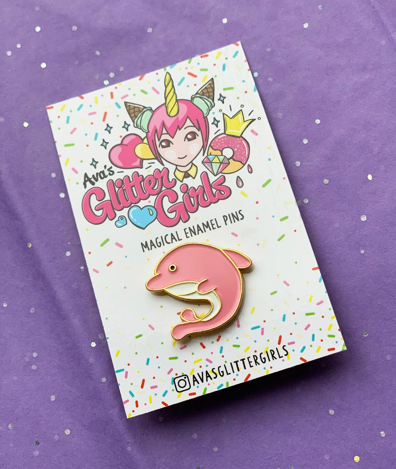 A cute little Dolphin enamel pin badge, a great gift for flipper fans!