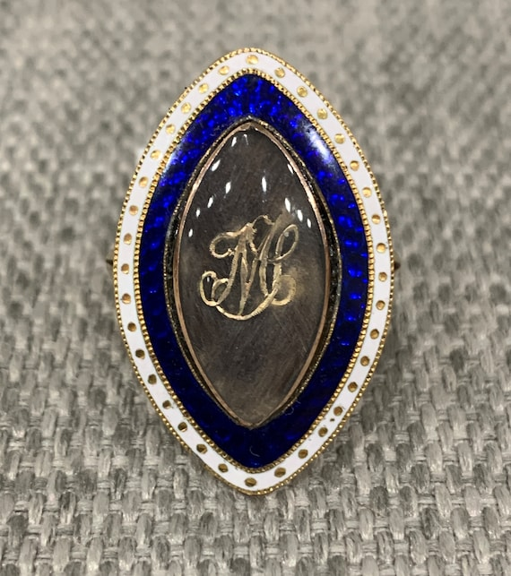 Antique Georgian 15k gold enamel mourning ring hai