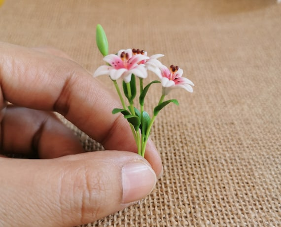 Color White Lily Clay Flower Bouquet 3 Bunches Flower Miniature Dollhouse Decor