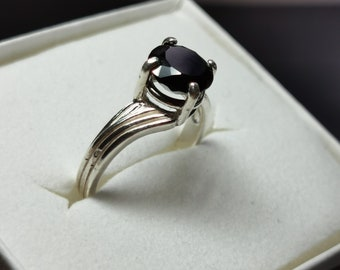 Engraved Women/'s Jewelry Natural 10mm Round Rose Cut Stone Black Spinel Engagement Ring Customized Sterling Silver Flower Band