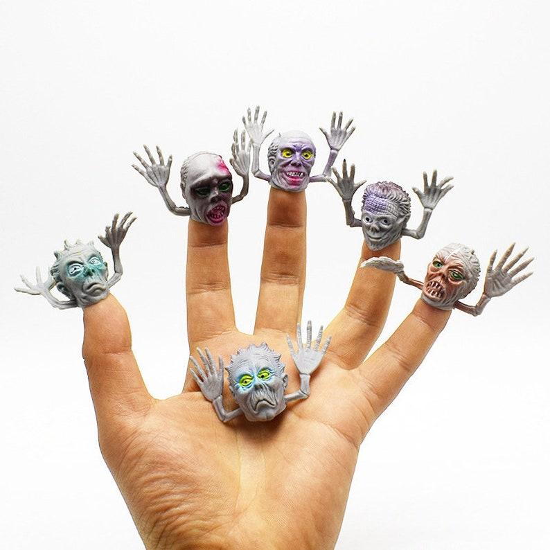 10pcs Animal Cartoon Fingertip Handkasperletheater Puppets Finger Baby Toys