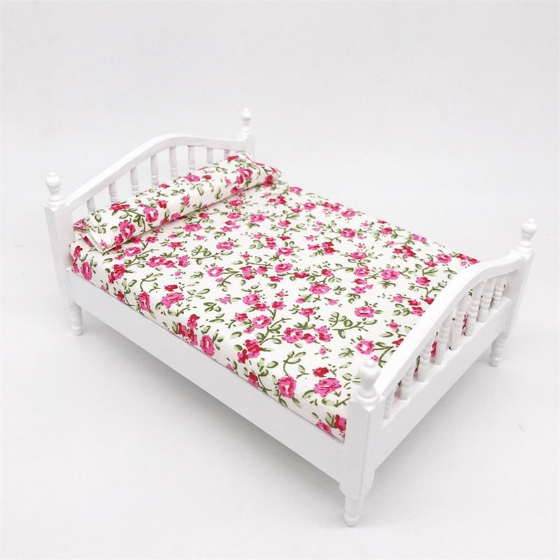 Miniature Wooden Bedroom Furniture Floral Double Bed Decor For 1//12 Dollhouse