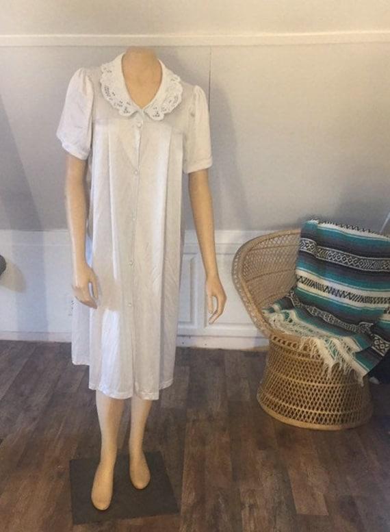 Vintage Vanity Fair Medium Housecoat, Vanity Fair
