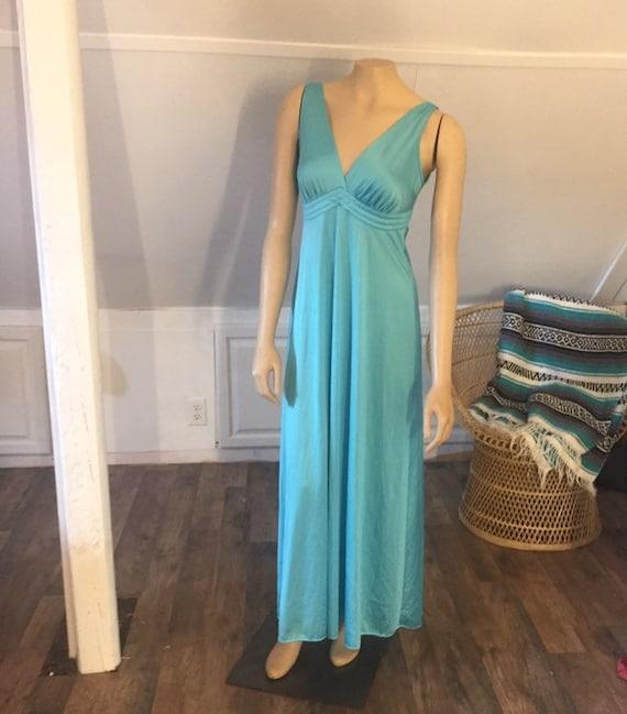 Vintage Vanity Fair 32 Nightgown, Blue, Vintage Ni
