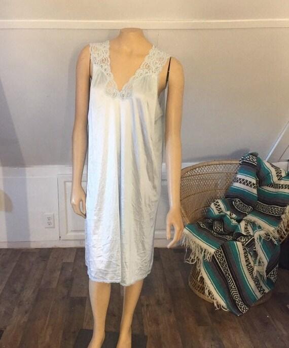 VintageVanity Fair Nightgown, Medium, AS IS, Mediu