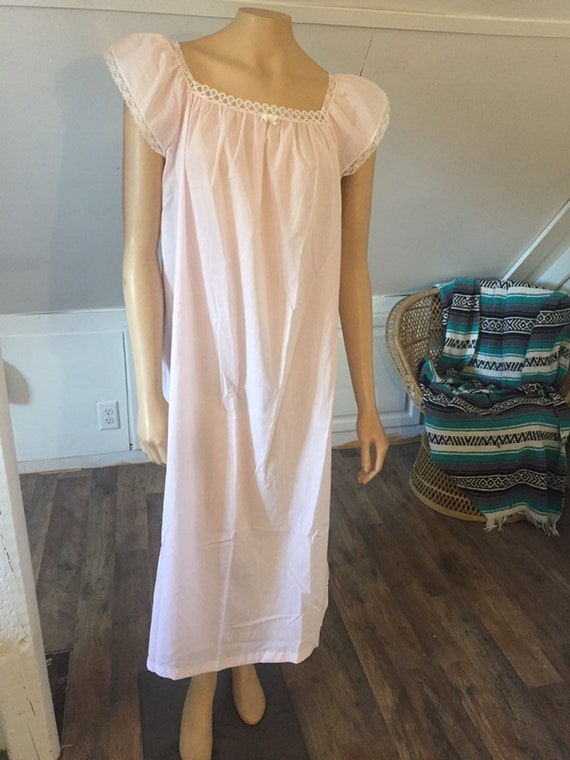 Vintage Cachet Sears Nightgown Small 8/10, Classic