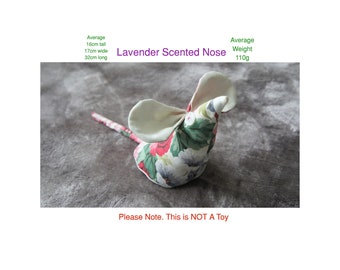 Stargazer Mouse Home Décor with lavender scented nose. Just give its nose a squeeze to release a small amount of scent.