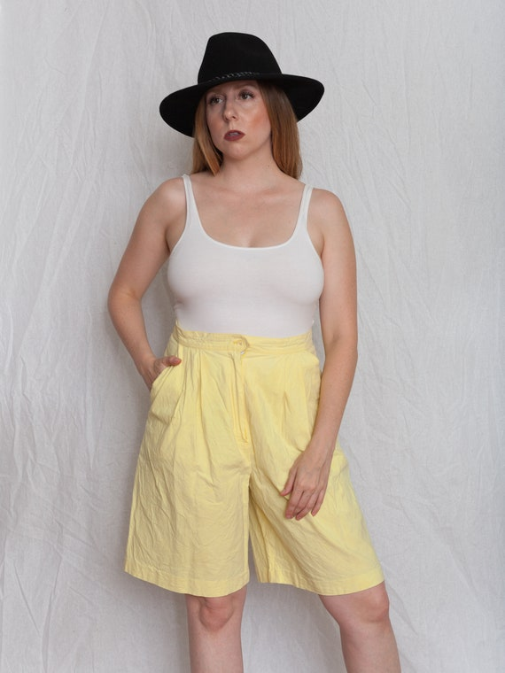 1980s yellow Bermuda shorts, Vintage Bermuda short