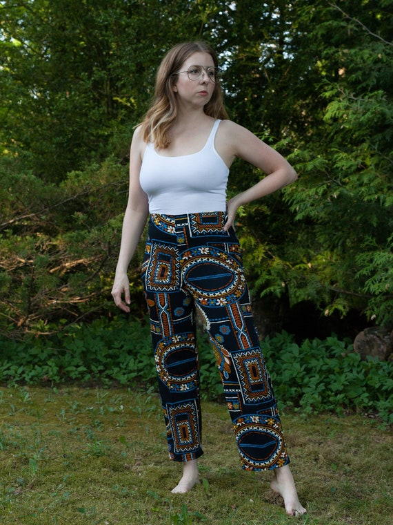 1960s abstract blue print pants, 70s vintage crop… - image 4