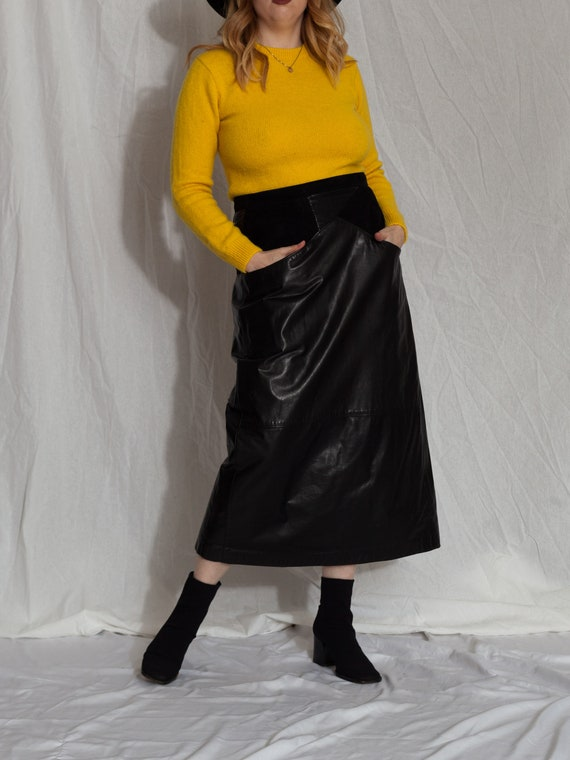 Vintage black Leather Skirt, 80s black Leather mid