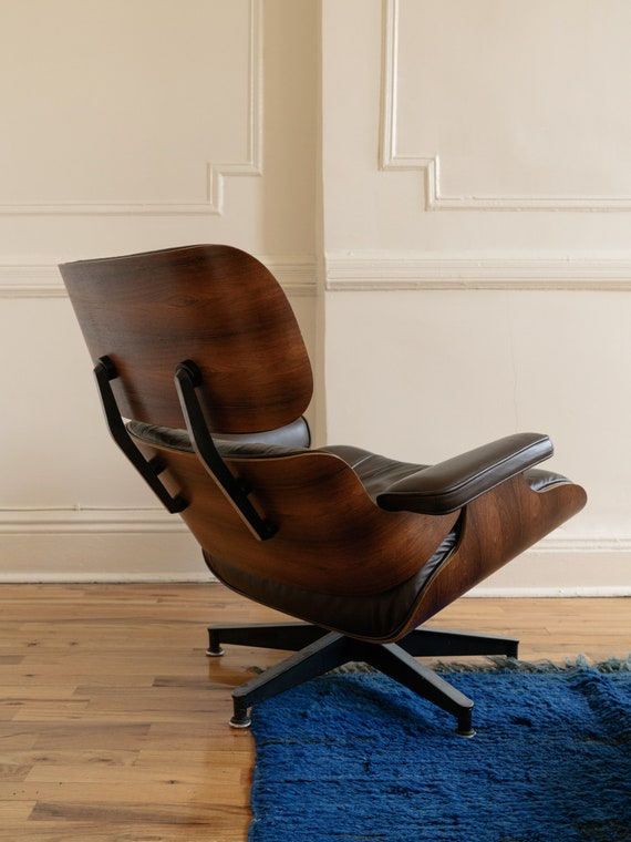 Strange Vintage Eames Lounge Chair 670 With Ottoman 671 Herman Miller Brown Leather And Brazilian Rosewood Gamerscity Chair Design For Home Gamerscityorg