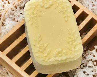 Jasmine soap   Handmade   All-natural   Vintage   Organic   Unique gifts   Gift idea   Favors   Bathtime   Love   Beauty   Natural skincare
