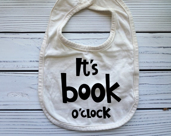 Its Book o'clock baby bib, Reading Books Library themed baby gift, Books baby shower gifts, Baby