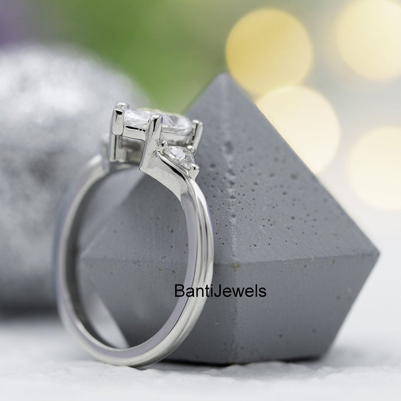 Man Made Diamond Moissnite 2.00 Ct Pear Moissnite Engagement Ring Bridal Wedding Ring anniversary ring Promise Ring Sterling Silver