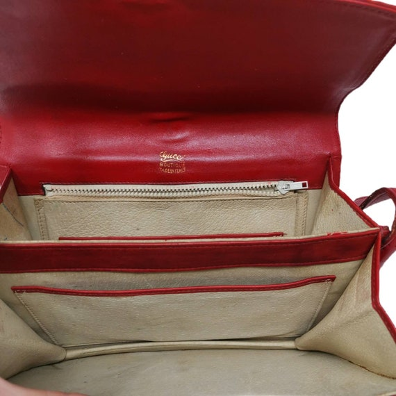 Rare Vintage 1970s Gucci Orange Suede Chain Bag - image 3