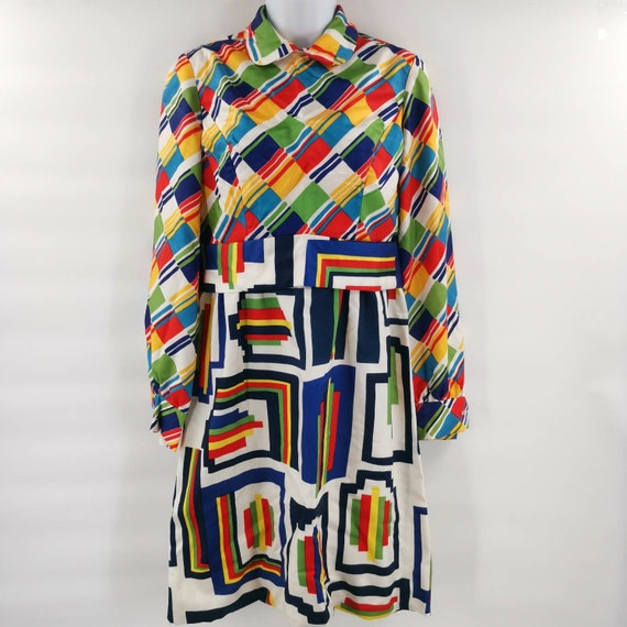 Colorful Vintage 1960s-1970s Rainbow Pattern Dress